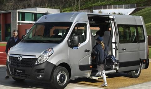 17 seat mini bus