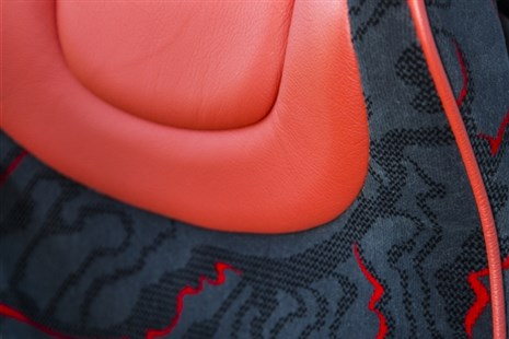2 or 3-POINT SEAT BELTS