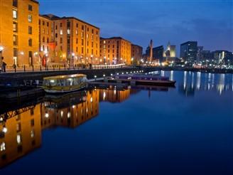 Liverpool & Albert Docks